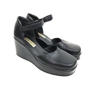 Vintage | Y2K Platforms 90s Goth Leather Shoes